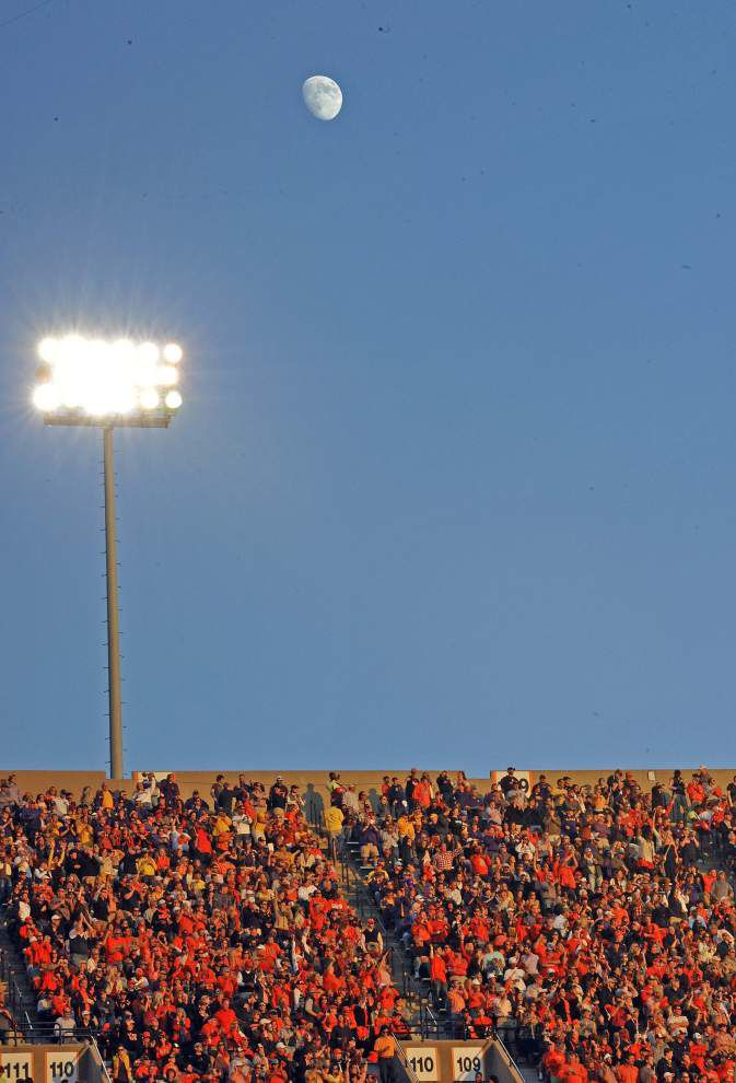 Photos: LSU visits Auburn _lowres