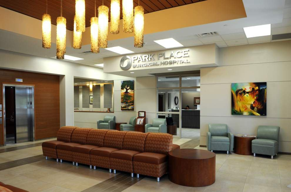 Lourdes welcomes Park Place Surgical with more room in new building _lowres
