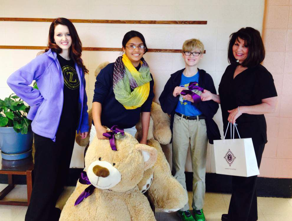 High-scoring math kids awarded big teddy bears _lowres