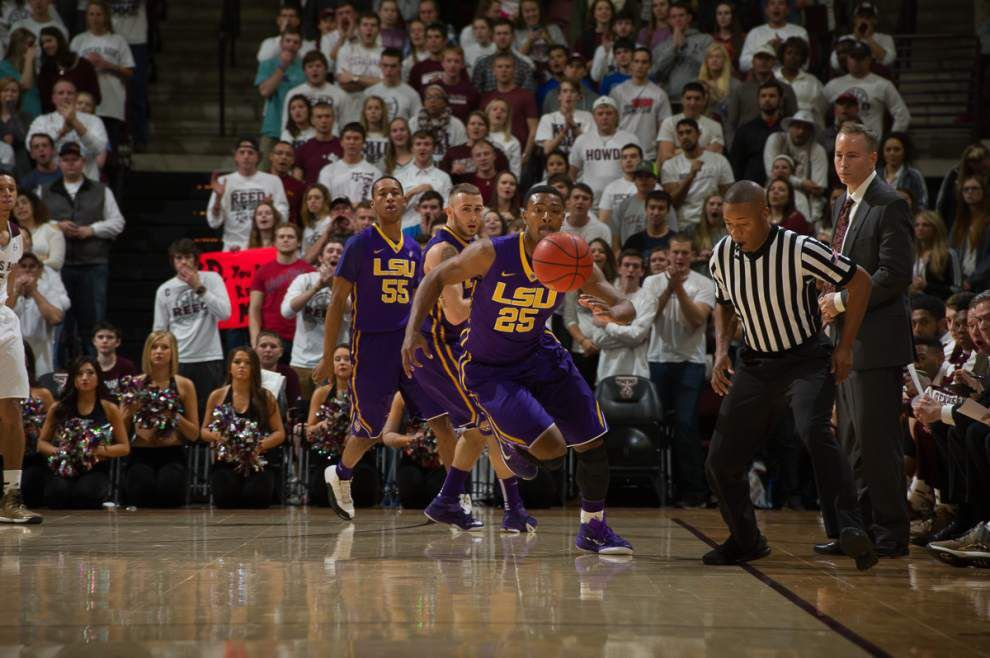 Texas A&M rallies past LSU again for 68-62 win _lowres