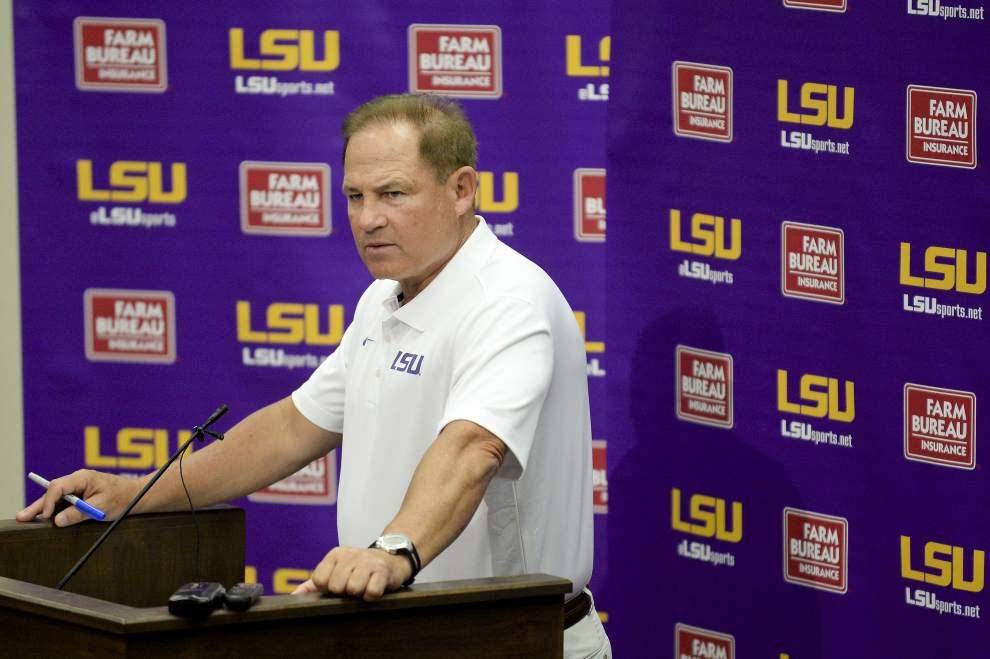 LSU coach Les Miles takes the ice bucket challenge _lowres
