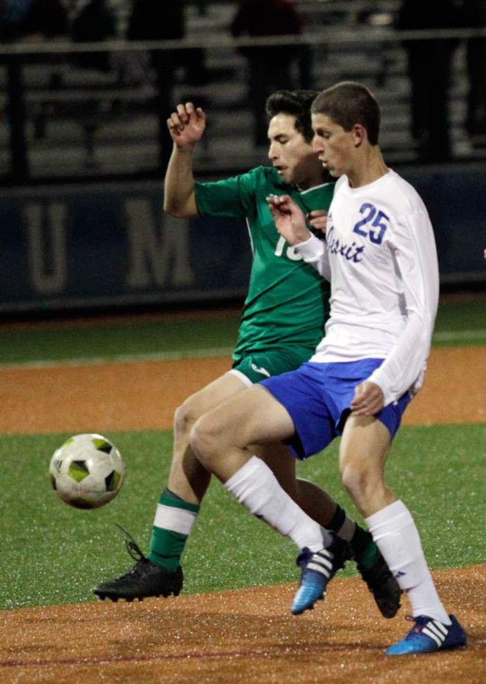 Jesuit edges Grace King to advance to quarterfinals _lowres