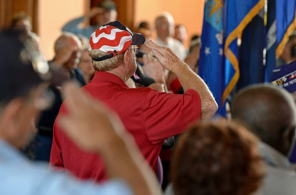 Veterans honored at Old State Capitol ceremony _lowres