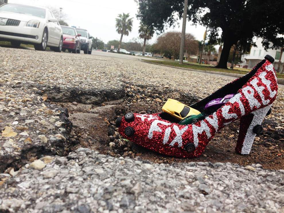 May 21 unofficialy National Pothole Day - is your favorite pothole on our map? _lowres