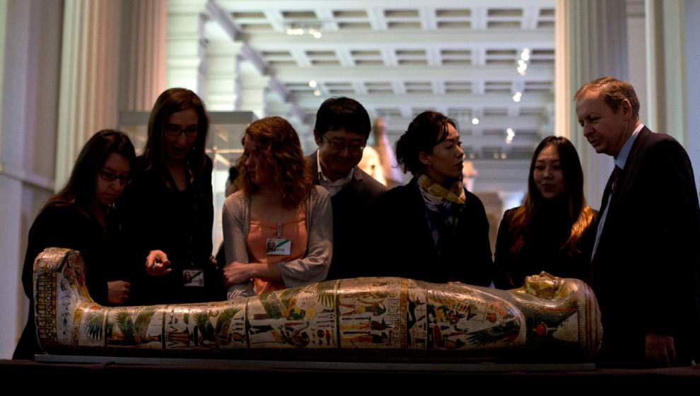 New technology unwraps mummies' ancient mysteries _lowres