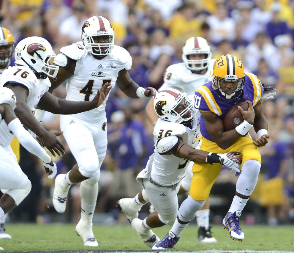 LSU's Anthony Jennings strengthens grip on top quarterback job _lowres