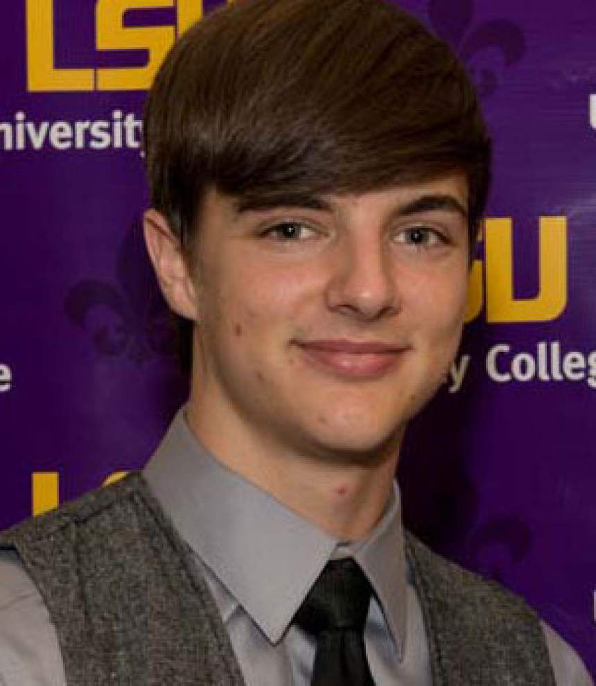 Denham Springs students earn scholarships at LSU _lowres