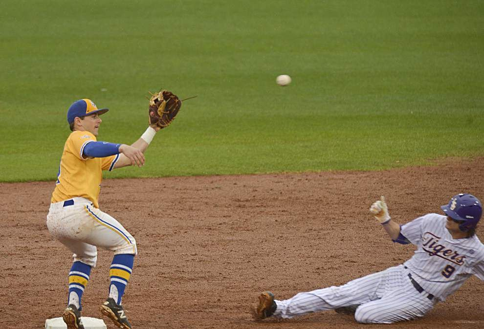 Speed Demons: Inside look at how LSU has become one of nation's best base-stealing teams _lowres