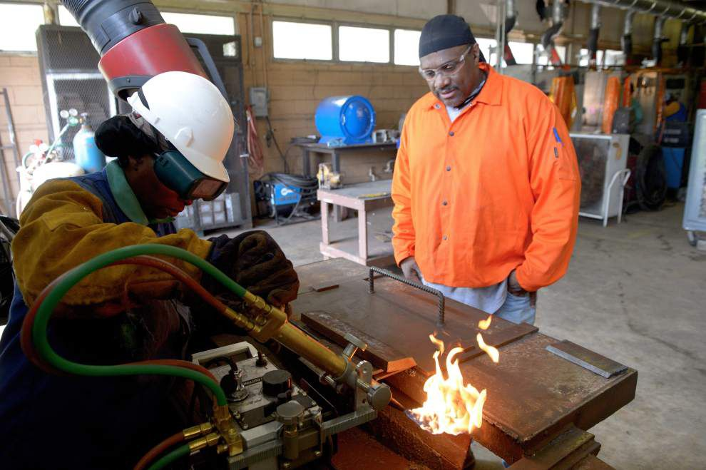 Program forges welders for industrial jobs _lowres