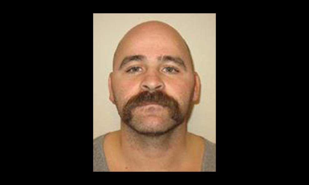 Ascension Parish deputies seek suspect in vehicle burglaries _lowres