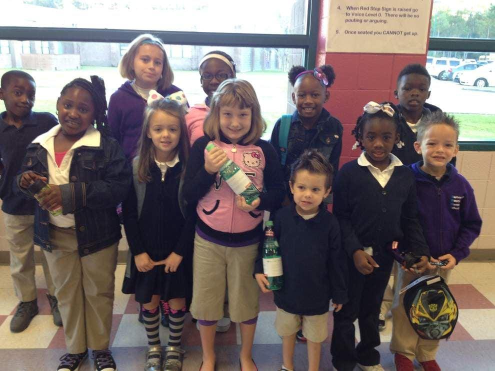 Speaker encourages Montessori students _lowres
