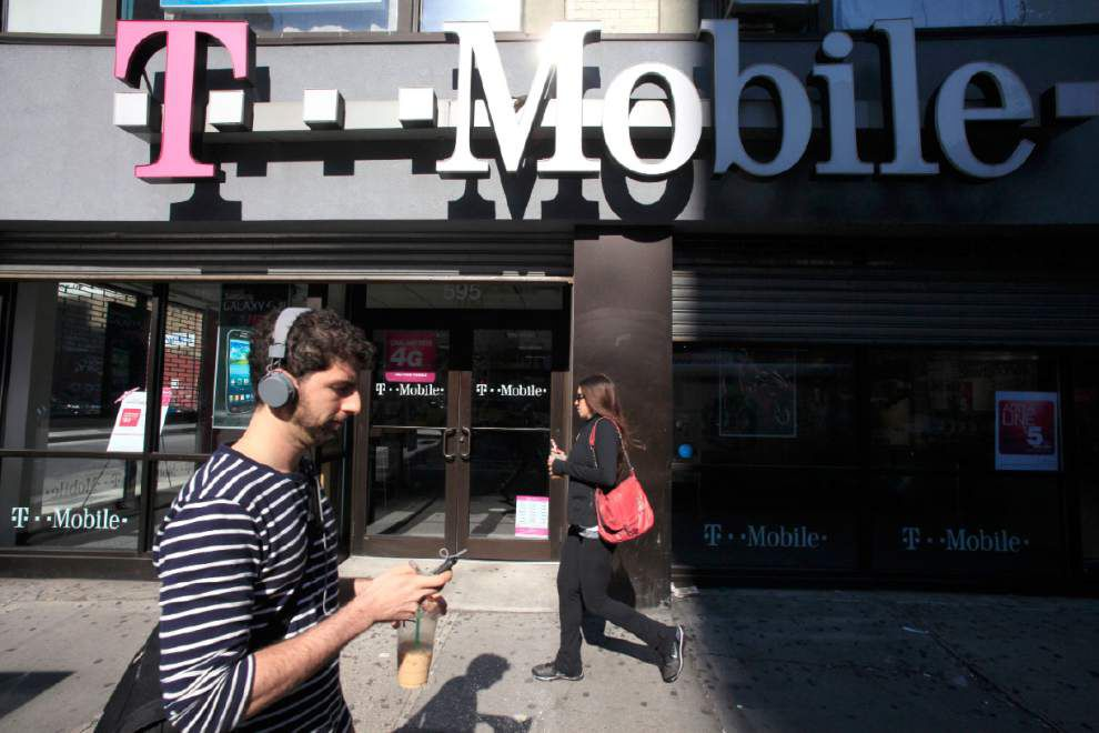 FTC: T-Mobile made millions in bogus charges _lowres