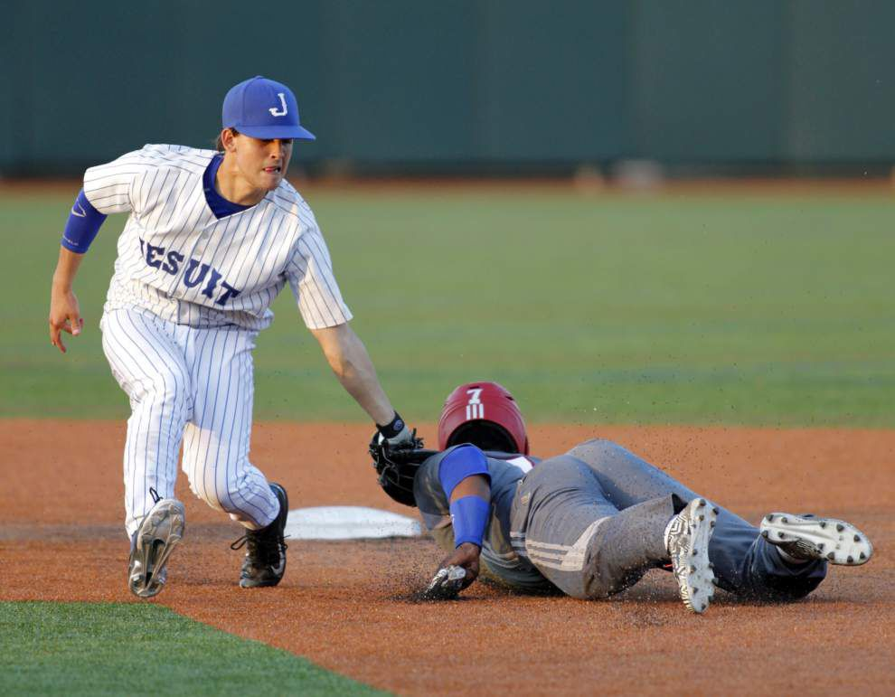 Jesuit rallies to edge John Curtis _lowres