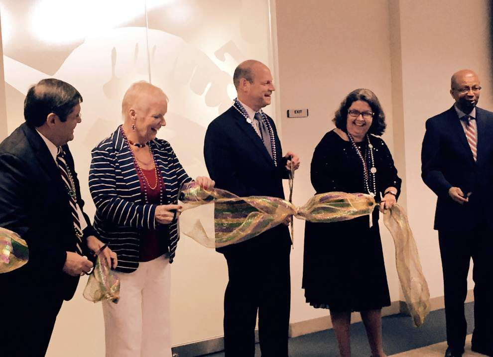 New immigration office opens on Poydras Street _lowres