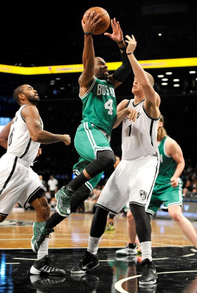 Celtics beat Nets in experimental 44-minute game _lowres