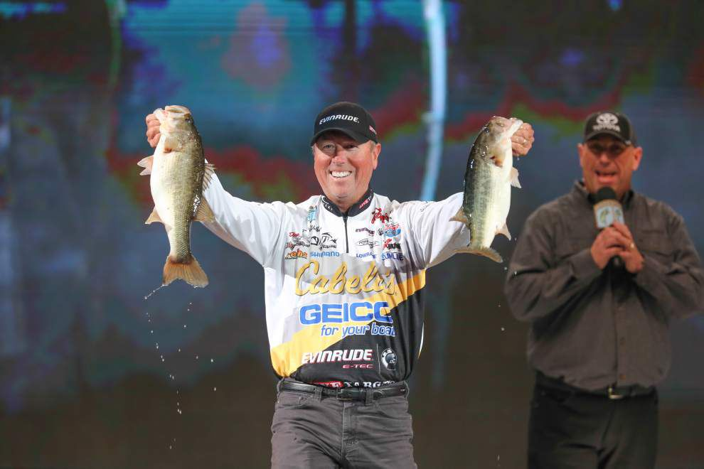 Dean Rojas takes lead at Bassmaster Classic; Greg Hackney in eighth _lowres