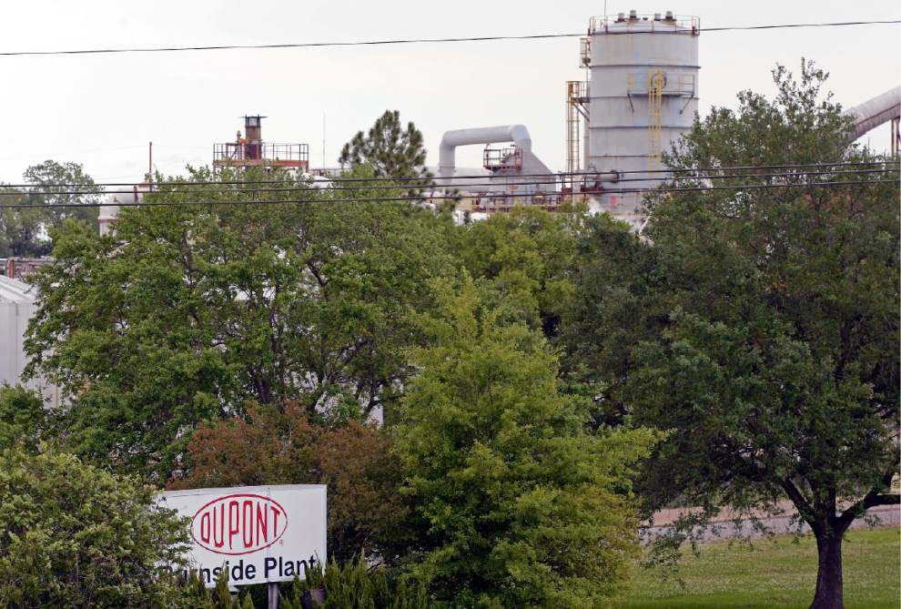 DuPont suggests 'whistleblower' motivated by money interests _lowres