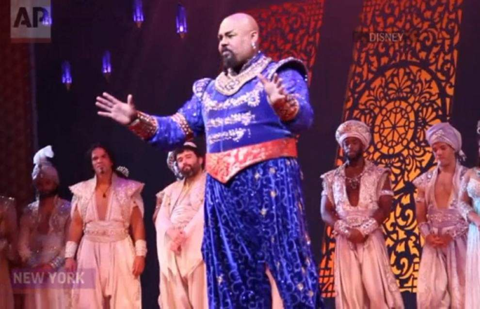 Broadway's 'Aladdin' honors Robin Williams _lowres