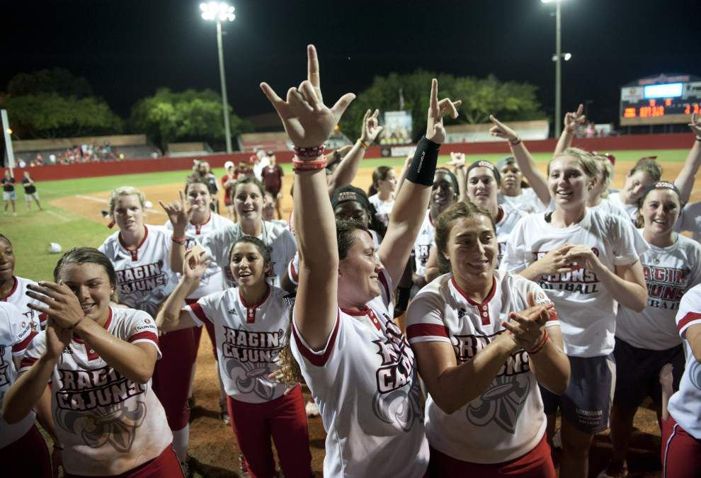 Ragin' Cajuns softball notebook: Double plays are doubly pivotal in decisive win over Baylor _lowres