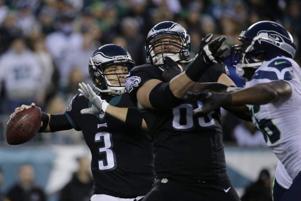 Seahawks defense shuts down Eagles 24-14 _lowres