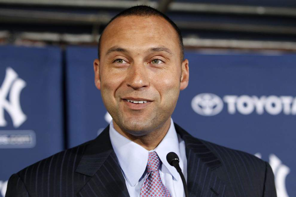 Jeter launches site to connect athletes to fans _lowres