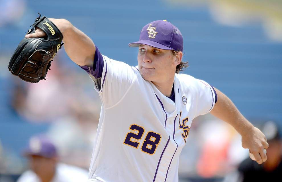 LSU's Kyle Bouman sparkles in easy win at SEC tournament _lowres