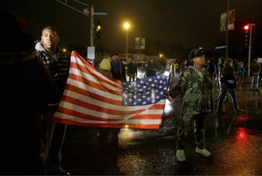 Grand jury reaches decision in Ferguson shooting _lowres