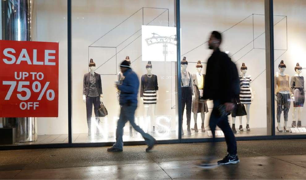 Consumer spending up 0.4 percent in January _lowres