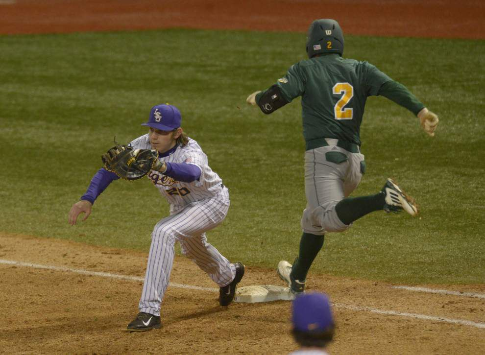 Jake Fraley's two-run triple propels LSU to 9-8 win over Southeastern Louisiana _lowres