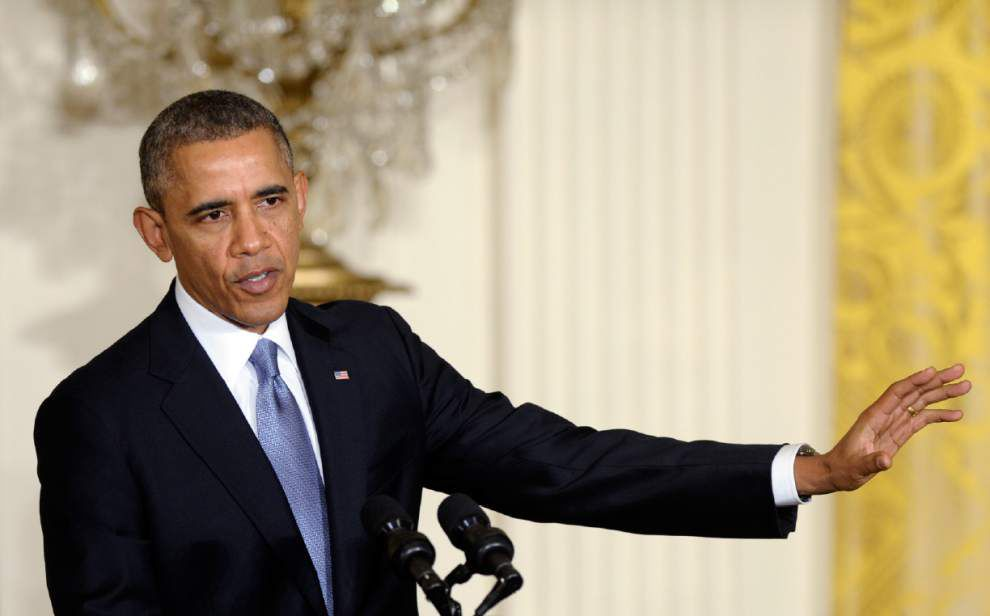 Obama to raise minimum wage for contract workers _lowres
