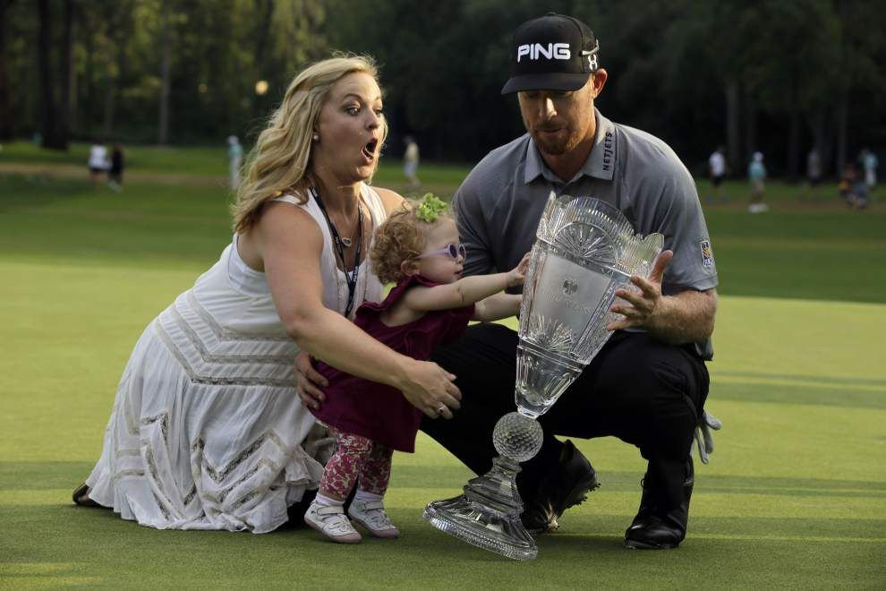 Hunter Mahan gets timely win at The Barclays _lowres