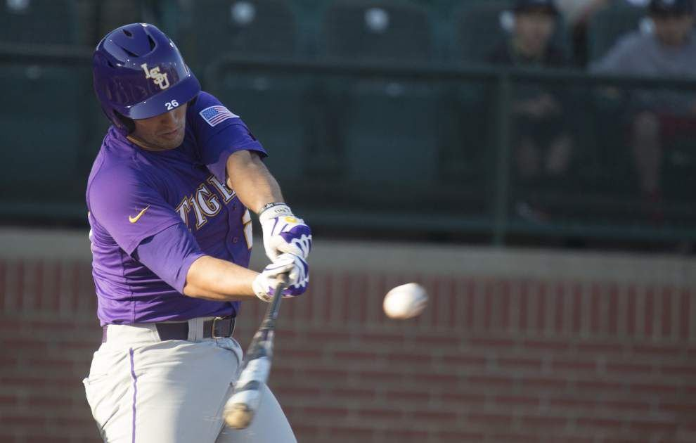 LSU takes series with 11-3 win at Auburn _lowres