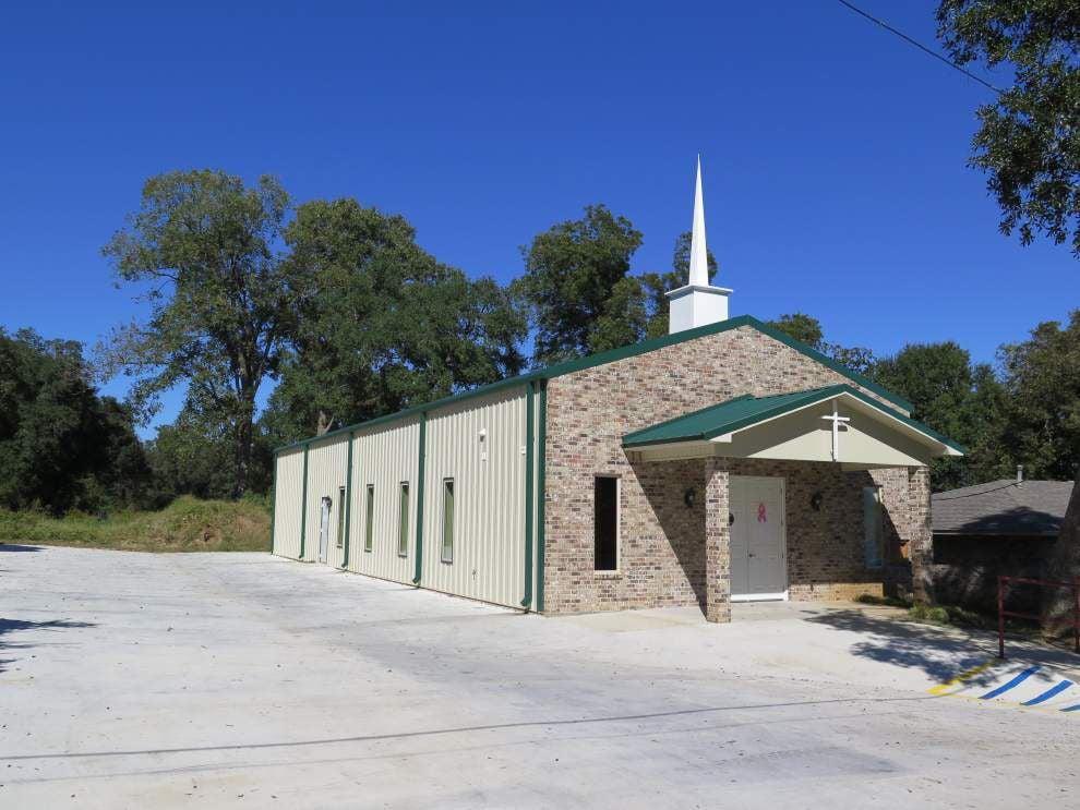 Revived fest raises money for church building _lowres