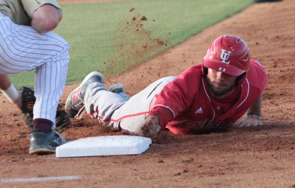 Cajuns pound out win over Warhawks _lowres