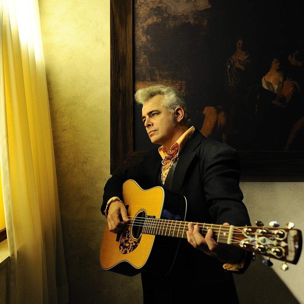 Singer-guitarist Dale Watson drawn to classic country _lowres