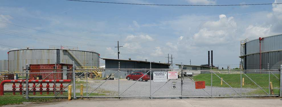 Gretna City Council revokes chemical company's license to operate _lowres
