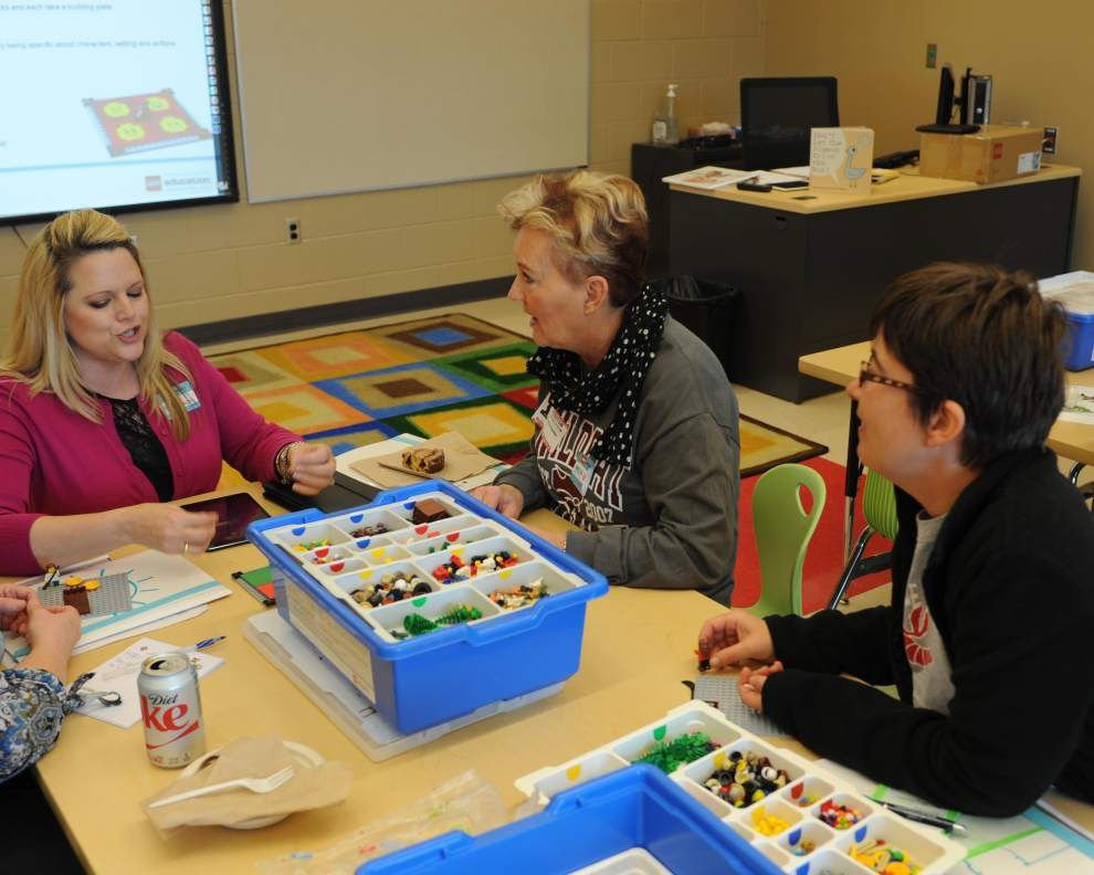 Teachers, LEGO Education host symposium _lowres