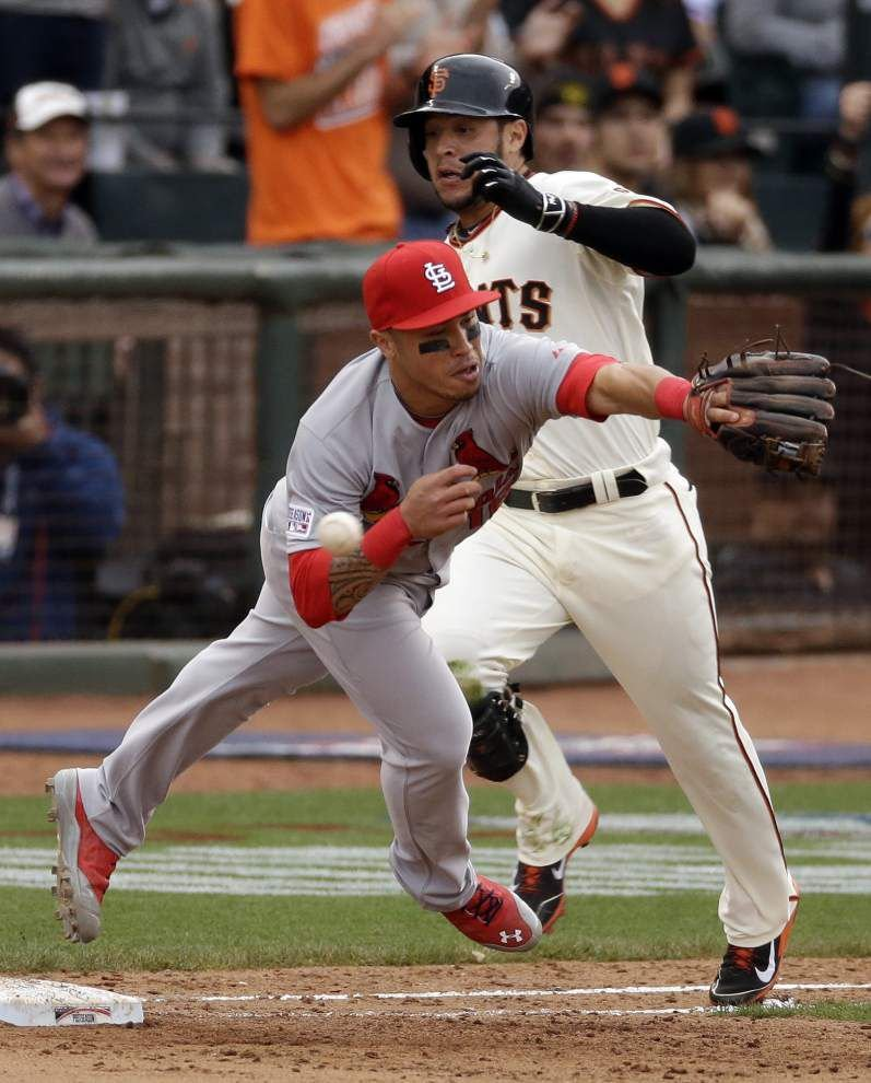 Giants beat Cardinals in 10th on Choate's wild throw _lowres