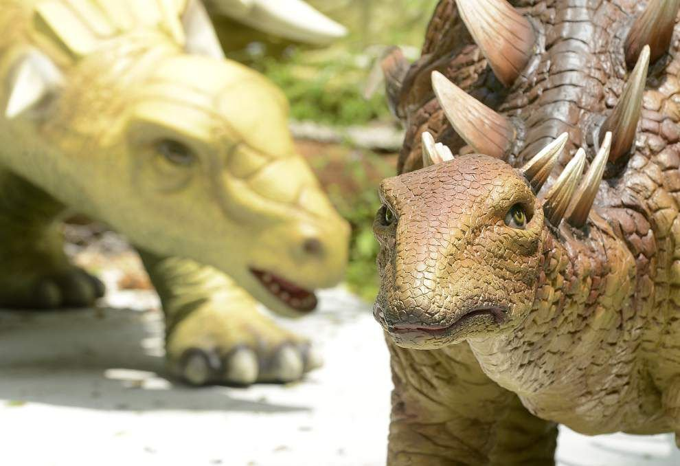 Animatronic dinosaurs to come to life in Henderson _lowres