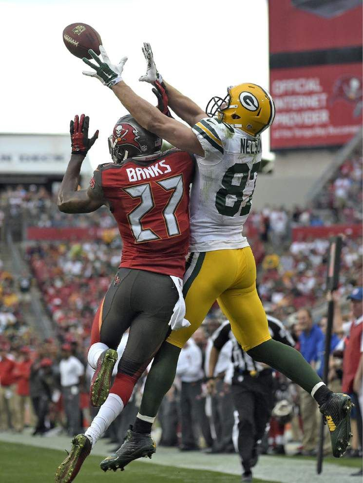 Packers clinch playoffs with 20-3 win over Bucs _lowres