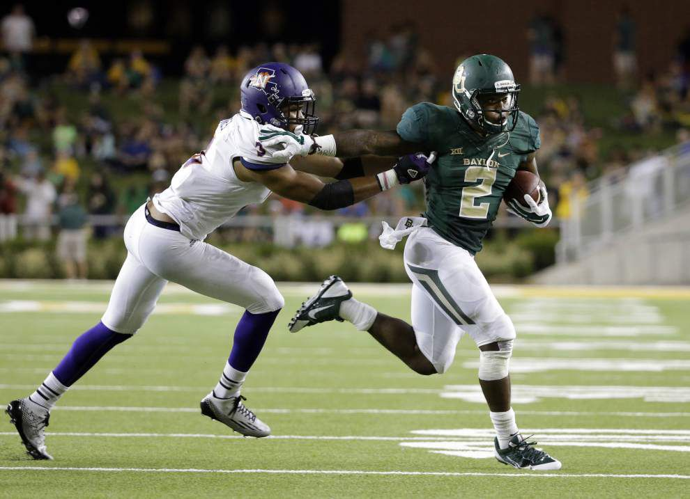 Russell, Baylor rout Northwestern State _lowres