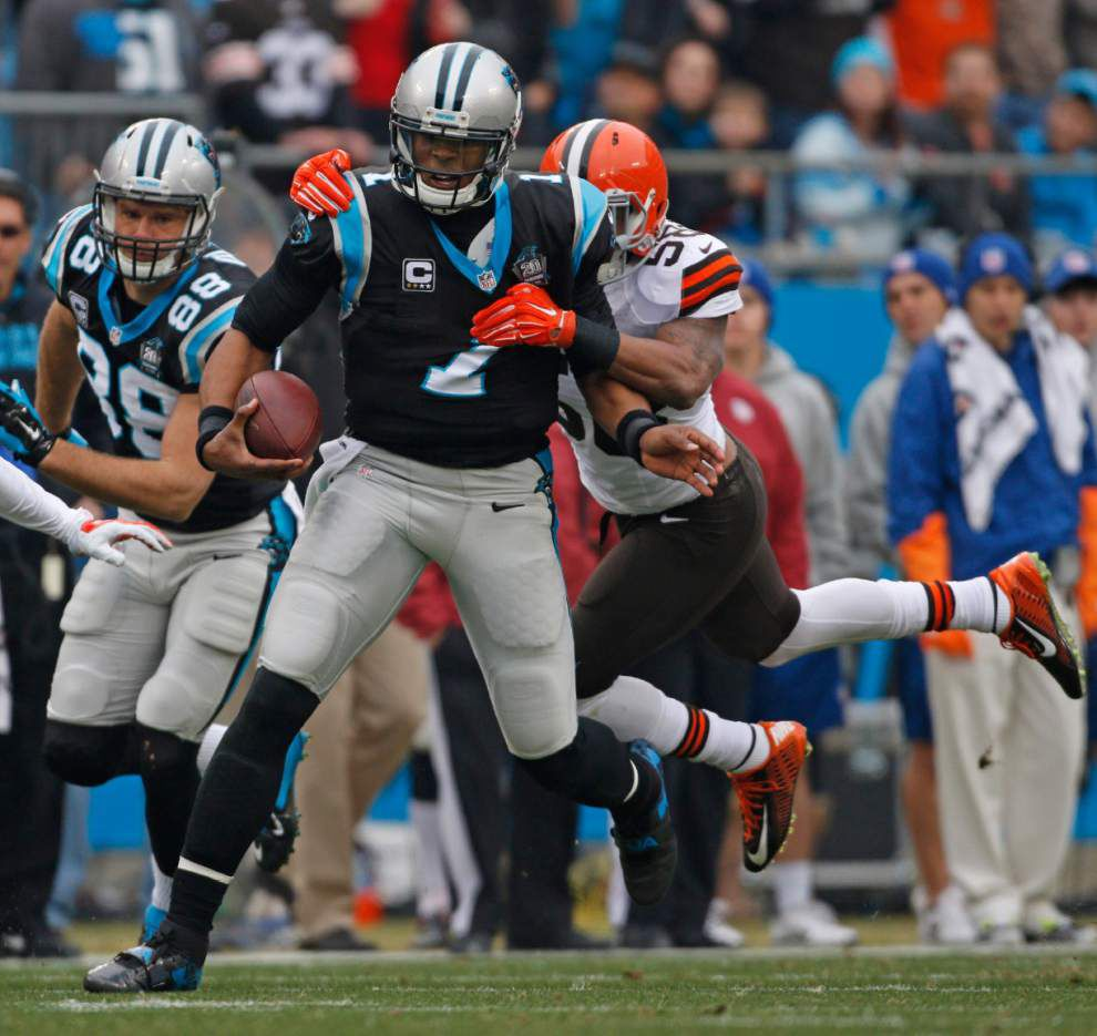 Panthers beat Browns 17-13, move into first place _lowres
