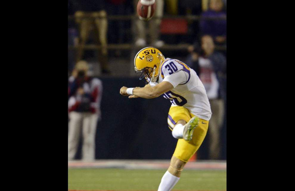 LSU kickoff man Hairston plans transfer _lowres