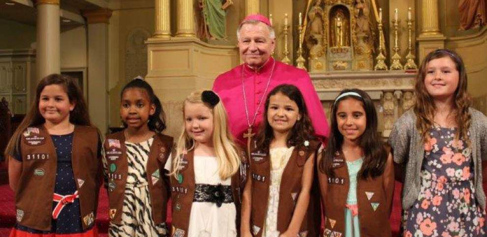 Archdiocese of New Orleans recognizes participants in Girl Scouting _lowres