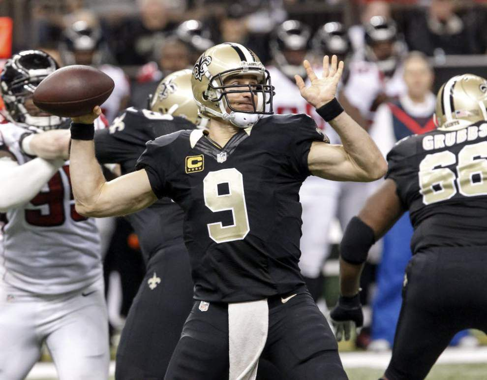 Drew Brees ducks 'deflategate' question, says he doesn't think about ball much on game day _lowres