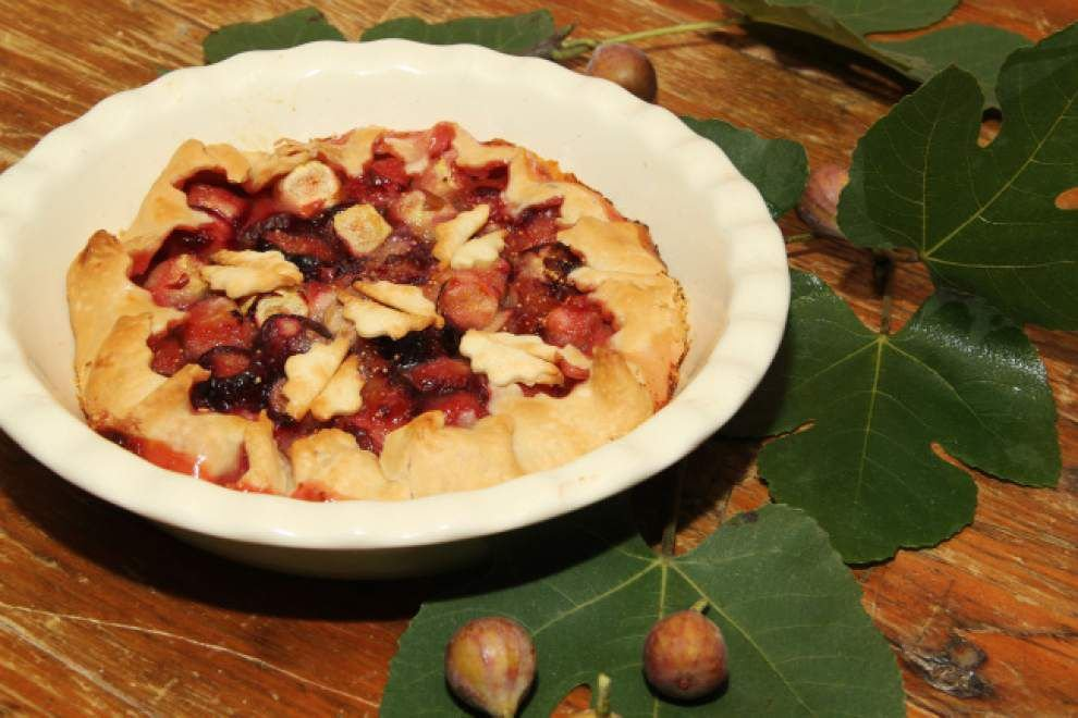 Gourmet Galley: Fresh fig pie can be a breeze to make _lowres