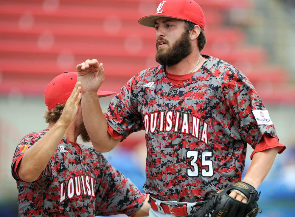 Matt Plitt's big pitch helps Cajuns to final _lowres