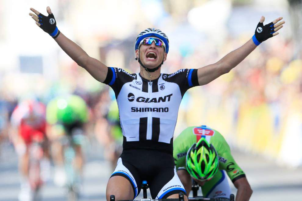 Kittel's thrill, Cavendish spill in first Tour stage _lowres