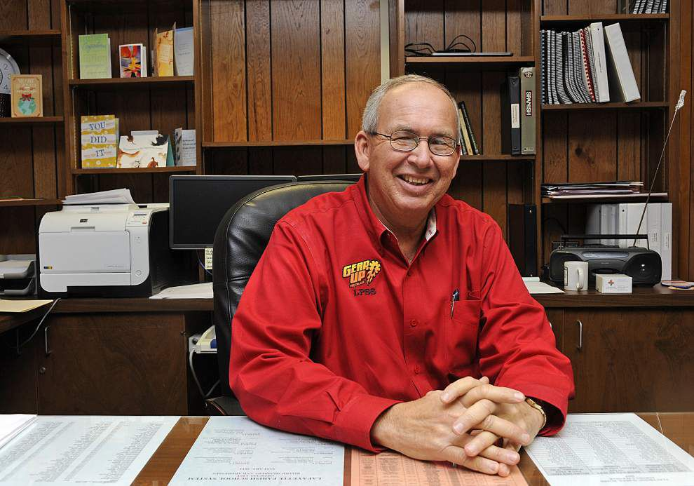 Lafayette board stepping up search for new superintendent _lowres