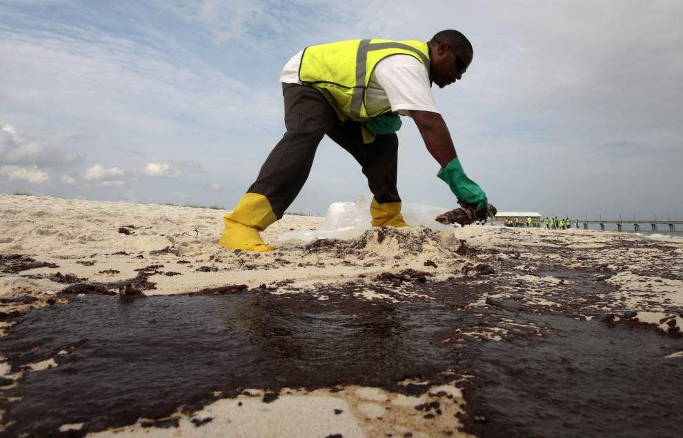 BP to call first witnesses as it fights for lesser oil spill penalty _lowres